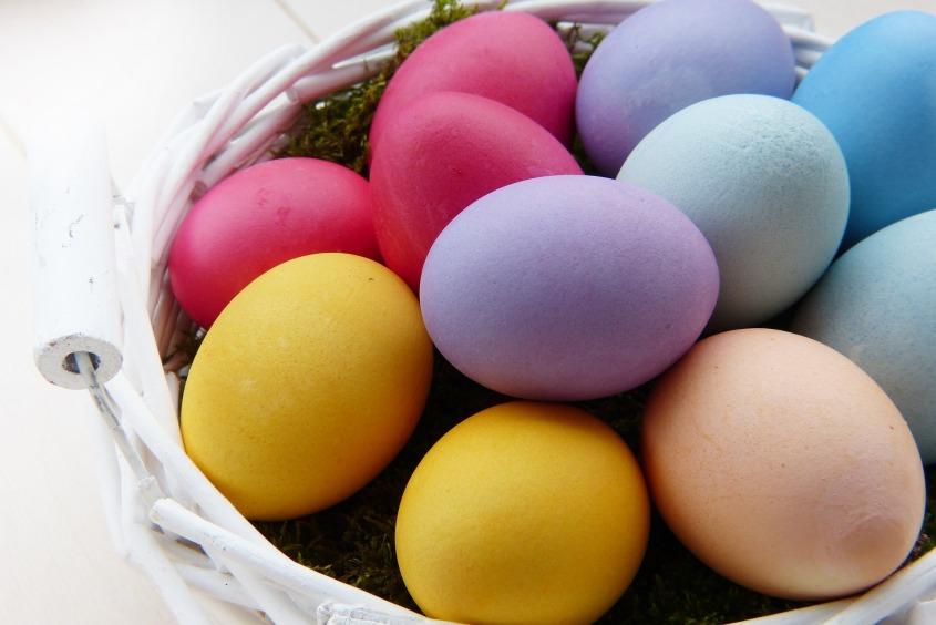 easter-eggs-3165483_1920